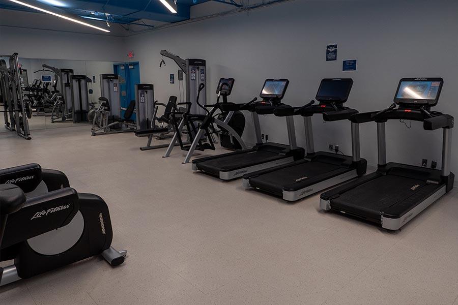 Fitness Center Bell Plaza 02